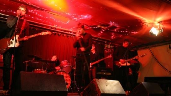 Bush and blair singing gay bar